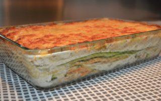 Lasagne agli asparagi e besciamella di riso allo zafferano ricetta leggera 100% vegetale