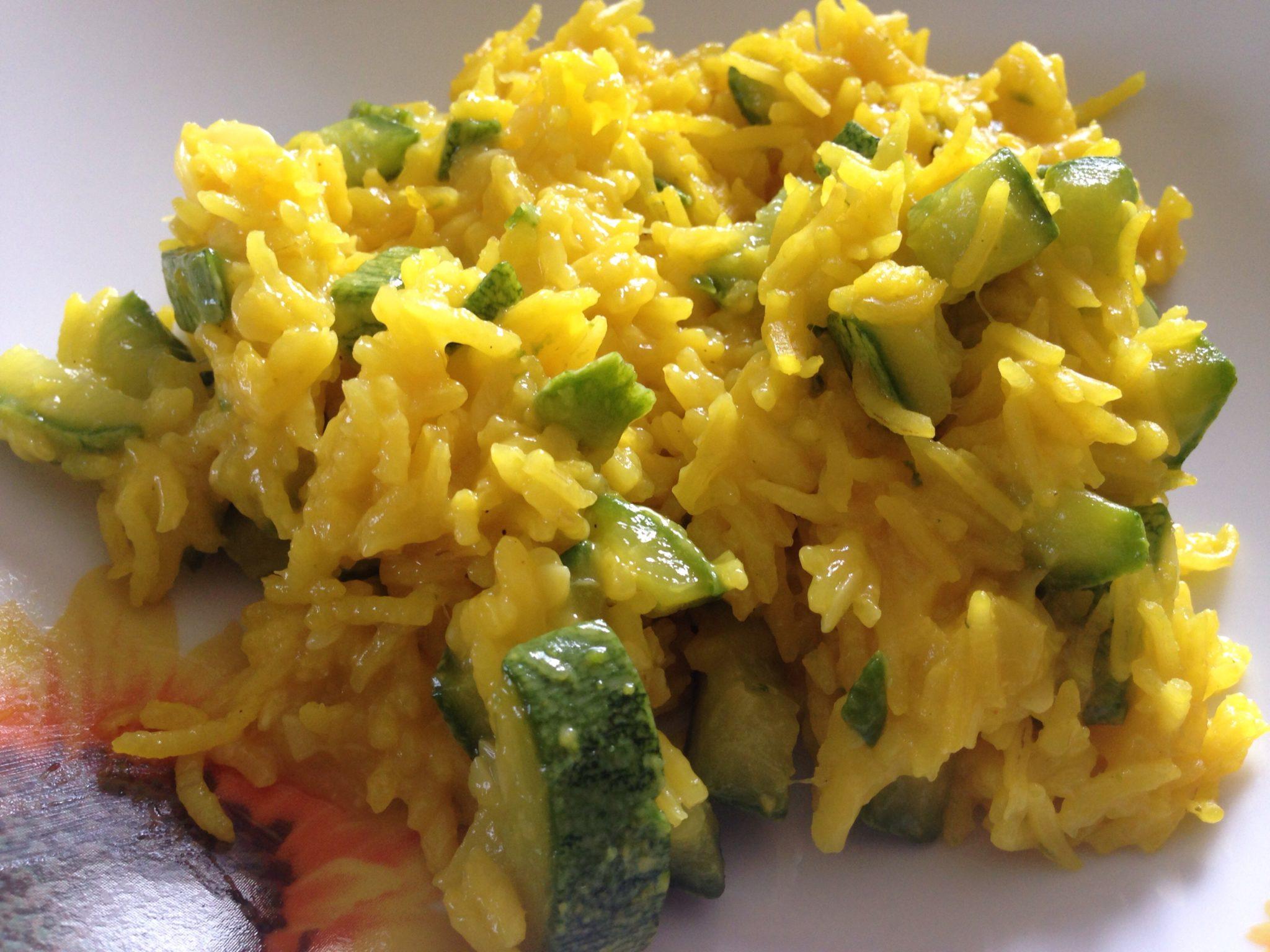 Risotto basmati alle zucchine e zafferano cucinare sano for Cucinare risotto