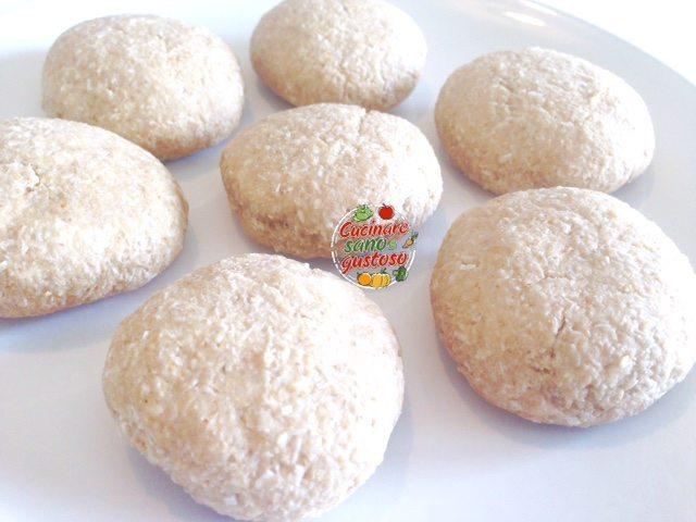 Biscotti semplici al cocco e avena senza grassi aggiunti - Cucinare senza grassi ...