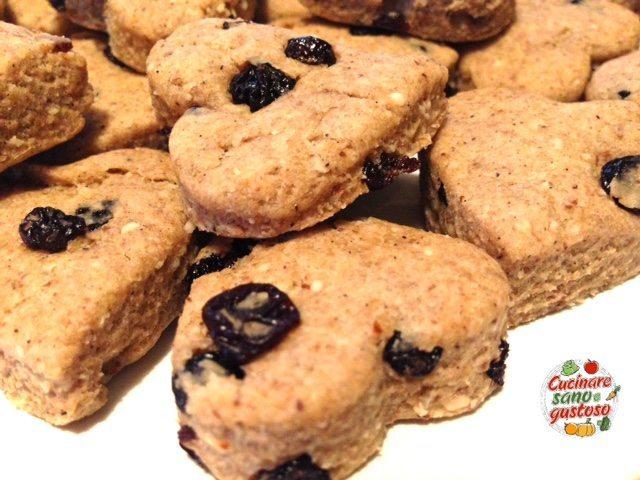 Biscotti integrali con frutta secca senza zuccheri - Cucinare spendendo poco ...