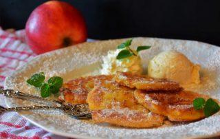 Frittelle di mele al forno. Ricetta light