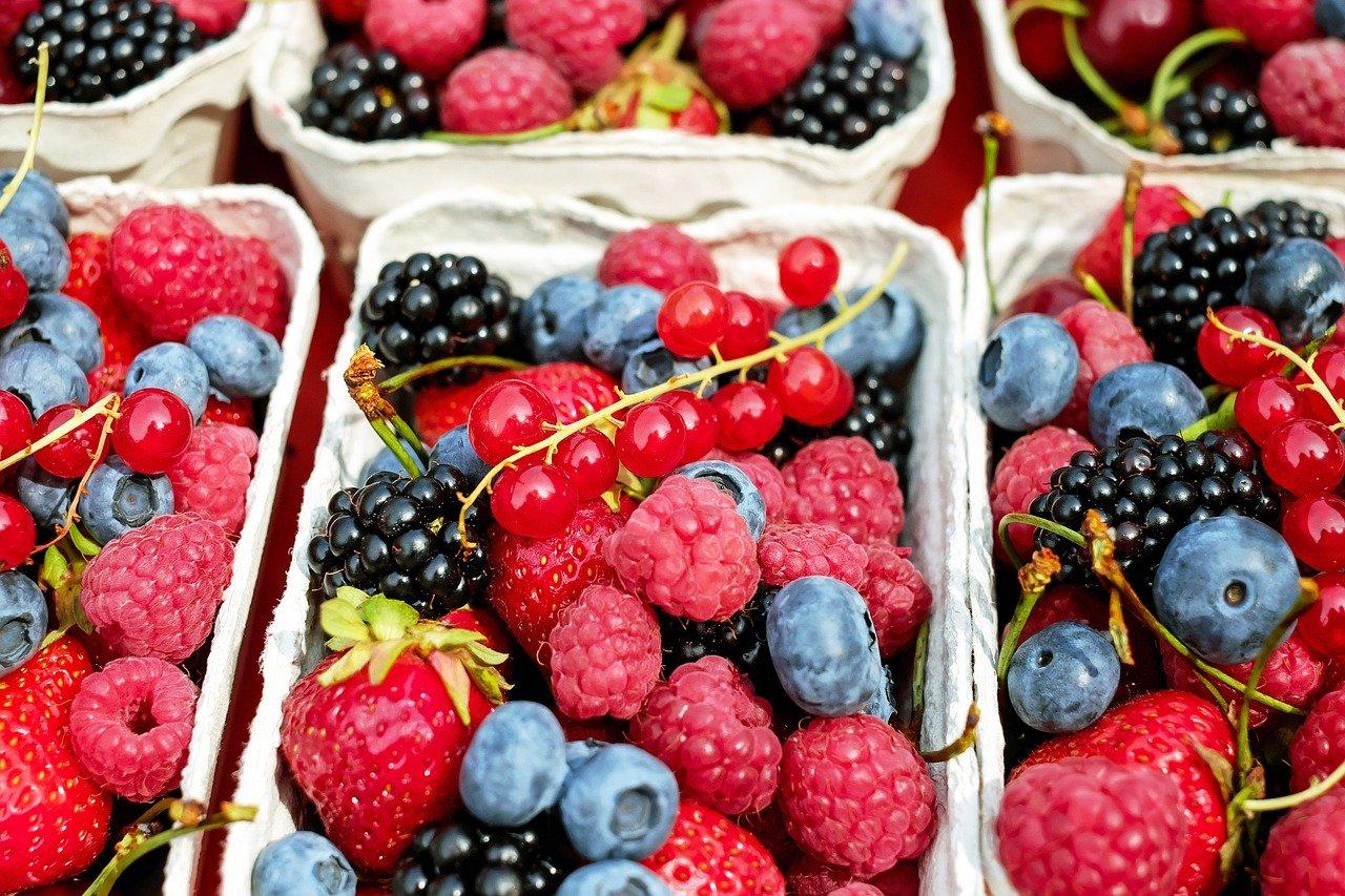 frutti di bosco, valori nutrizionali, proprietà e benefici